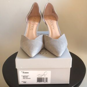 "Sole Society ""Robbie"" Light Gray kid suede heels"